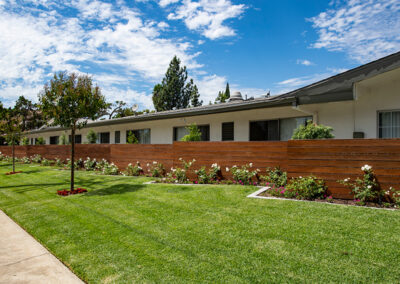 front grass and landscaping at Country Oaks care center
