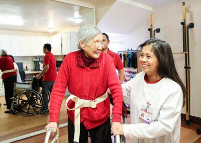 Monterey Park rehab therapist with an elderly resident